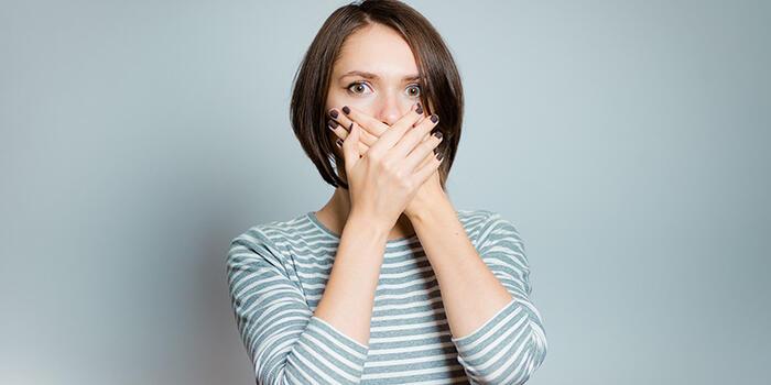 ağız kokusu nedenleri, ağız kokusu çözümleri, ağız kokusuna iyi gelen şeyler